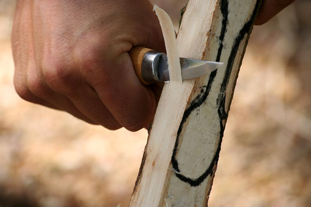 fabriquer une cuillere en bois